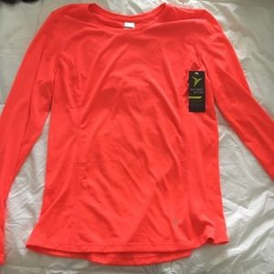NWT size small running top